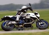 L'erogazione lineare viene in aiuto durante le aperture di gas affrontate a moto...sdraiata