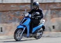 Spazio garantito e posizione di guida quasi motociclistica