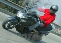 Per questo Xciting 500 si deve staccare un assegno di 4.990 Euro, quotazione che rende il rapporto qualità prezzo decisamente concorrenziale e che conferma questo scooter come molto appetibile