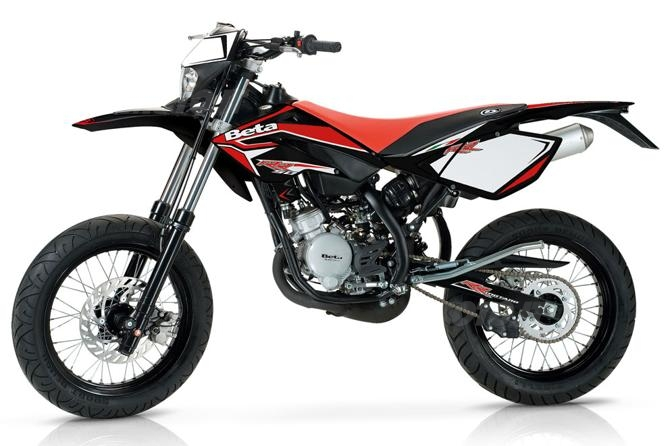 nuove beta rr 50 enduro e motard news. Black Bedroom Furniture Sets. Home Design Ideas