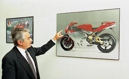 Fallece Massimo Tamburini, creador de dos mitos: La MV Agusta F4 y la Ducati 916. D.E.P!!! Tamburini-mv
